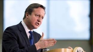 Британский премьер Дэвид Кэмерон пригрозил Москве новыми санкциями
