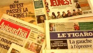 Capas dos diários franceses do dia 18 de Fevereiro de 2013