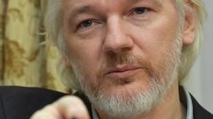 Основатель WikiLeaks Джулиан Ассанж на пресс-конференции в посольстве Эквадора в Лондоне 18 августа 2014.