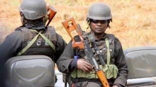 Novo comandante-geral da polícia moçambicana quer combater corrupção entre agentes policiais