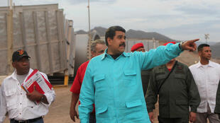 O presidente da Venezuela, Nicolás Maduro, durante uma inspeção na empresa PDVSA, em 28 de abril de 2016.