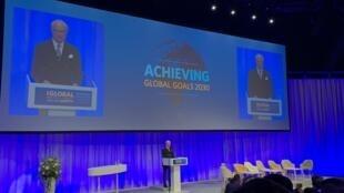 Rei da Suécia abre a terceira Conferência Global da ONU sobre Segurança no Trânsito, em Estocolmo.