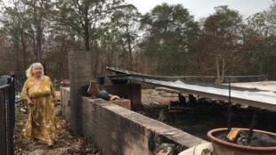 Gwenda Duncan a perdu sa maison et tous ses biens dans un incendie à Rainbow Flat.