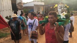 Photo de reportage en Amazonie d'Elcio Ramalho.