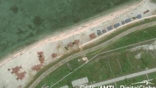 Hình ảnh vệ tinh của AMTI cho thấy Trung Quốc triển khai hệ thống vũ khí mới trên đảo Phú Lâm (Woody Island) thuộc quần đảo Hoàng Sa, ngày 12/05/2018.