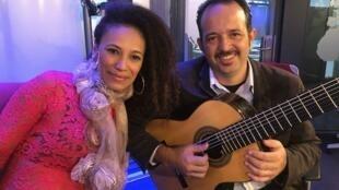 Rosa Rosah e Dinho Nogueira fizeram sua primeira turnê como duo na Europa.