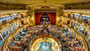 Livraria El Ateneo Grand Splendid, em Buenos Aires, onde o ex-embaixador mexicano foi acusado de furtar um livro