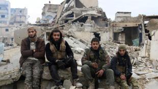 'Yan tawayen Syria za su yi tattaunawar keke da keke da wakilan gwamnatin Assad