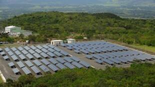 O Parque Solar Miravalles é a maior usina da América Central, capaz de gerar eletricidade a partir da luz do sol. Costa Rica tem recorde de 75 dias com energia 100% renovável.