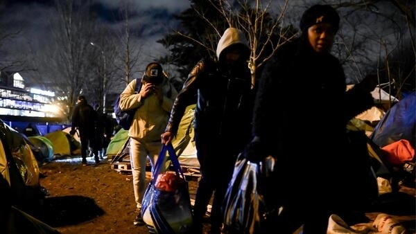 Cerca de 1.500 pessoas viviam em condições insalubres no acampamento no norte de Paris, desmantelado nesta terça-feira 28 de janeiro de 2020.