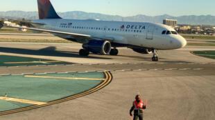 Ảnh minh họa: Một chiếc Airbus của Delta Airlines tại sân bay Los Angeles, California, Mỹ, ngày 06/01/2020.
