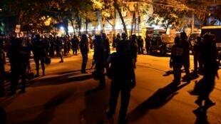 Grupo Estado Islâmico atacou restaurante do bairro de Gulshan, frequentado por estrangeiros em Dacca, capital de Bangladesh.