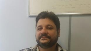 Professor Vagner Camilo Alves