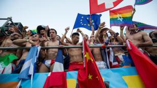 A World Pride reuniu cerca de 1 milhão de pessoas