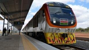 肯尼亞蒙內鐵路通車