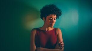 Cantora angolana, Aline Frazão