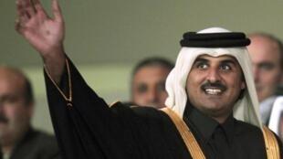 O novo emir do Catar Tamim bin Hamad Al Thani.