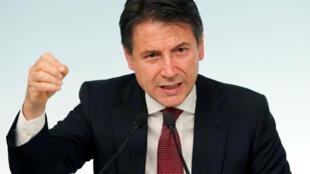 O premiê italiano Giuseppe Conte, durante uma coletiva de imprensa