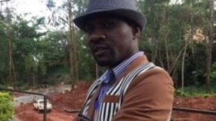 l'écrivain Janis Otsiemi à Yaoundé au Cameroun (salon international du livre)