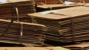 Des feuilles de cuivre dans un entrepôt à la Nouvelle-Orléans, en Louisiane.