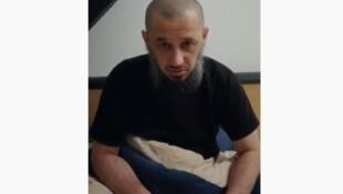 Имран Алиев по прозвищу Мансур Старый публиковал видео в Youtube, в которых в частности негативно высказывался в адрес Рамзана Кадырова.