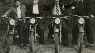 Balade en moto, 1955.
