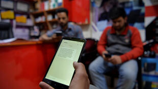 Pendant un mois, les 7 millions de personnes habitant au Cachemire indien n'ont même pas pu utiliser leur ligne fixe. Les plus longues et sévères restrictions imposées par New Delhi en 30 ans d'insurrection.