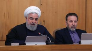 حسن روحانی رییس جمهوری اسلامی ایران و محمود واعظی رئیس دفتر او