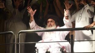 Khadim Hussain Rizvi, leader du parti Tehreek-e-Labbaik, ici à Lahore le 23 juillet 2018.