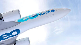 Launched in July 2014, Airbus' A330neo (new engine option) delivers a 14 per cent fuel burn reduction per seat and incorporates new Rolls-Royce Trent 7000 engines. Service de presses Airbus.