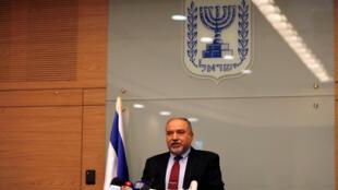 O Ministro israelita da Defesa, Avigdor Lieberman, anunciou hoje a sua demissão - 14 de Novembro