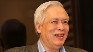 Giáo sư vật lý thiên văn học Trịnh Xuân Thuận (DR)