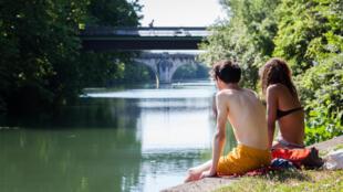 Во Франции правительство предложило внести в закон понятие о минимальном возрасте согласия на сексуальные отношения