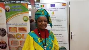 Mme Kongo Baba, coordinatrice nationale du projet PAFAM, sur le stand du Mali au dernier Salon international de l'agriculture de Paris.
