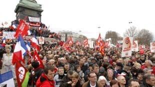 Митинг на пл. Бастилии в поддержку Жана-Люка Меланшона. Париж 18/03/2012