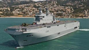 Le porte-hélicoptère «Dixmude» au large du Liban en 2012 (image d'illustration).