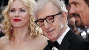 Woody Allen with Naomi Watts andJosh Brolin at Cannes 2010.