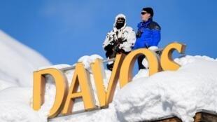 Cảnh sát bảo vệ Diễn đàn Kinh tế Davos (WEF) thường niên tại Thụy Sĩ ngày 24/01/2018.