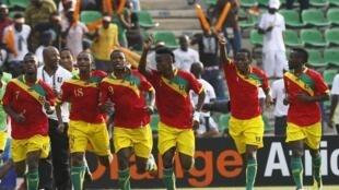 Les Guinéens fêtent un but marqué face au Botswana.