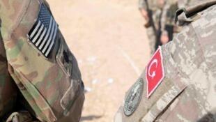 Соединенные Штаты отводят свои войска с севера Сирии, что откывает путь к турецкому наступлению на курдские формирования