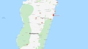 La forêt primaire de Vohibola se trouve près de la localité d'Andranokaditra à l'est d'Antananarivo, la capitale de Madagascar.