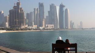 Le Qatar demande à la Cour internationale de Justice (CIJ) «de suspendre et d'abroger immédiatement les mesures discriminatoires actuellement en vigueur», «de condamner publiquement la discrimination raciale à l'égard» des Qataris.