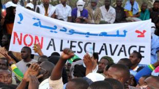 Une manifestation contre l'esclavage et la discrimination à Nouakchott, le 29 avril 2015.