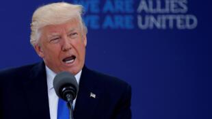 Tổng thống Mỹ, Donald Trump trong một cuộc họp thượng đỉnh NATO tại Bruxelles, Bỉ ngày 25/05/2017.