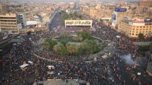 Manifestação na praça Tahrir em Bagdá, em 28 de outubro de 2019.
