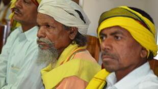 Gondi-speaking people at a workshop in Delhi