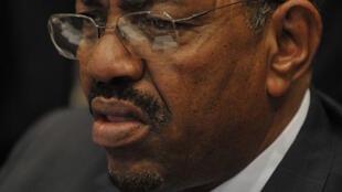 Разыскиваемый МУС президент Судана Омар аль-Башир