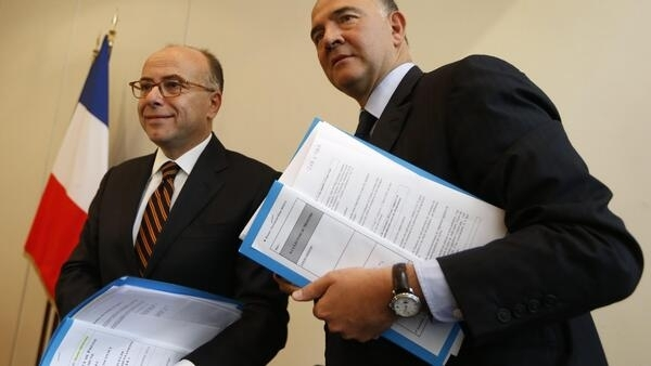 French Finance Minister Pierre Moscovici and  Budget Minister Bernard Cazeneuve