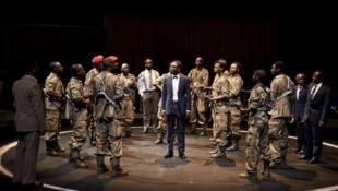 فصلی در کنگو، اثر امه سه زر ، با کارگردانی کریستیان شیارتی.