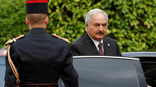 利比亞Khalifa Haftar將軍抵達巴黎